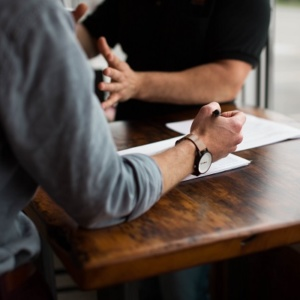 La jurisdicción laboral, única competente en casos de reclamación de deudas a un trabajador
