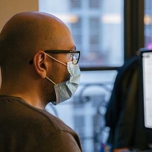 Trabajo durante la crisis del coronavirus: todo lo que necesitas saber
