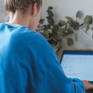 Accidente durante el teletrabajo: ¿laboral o doméstico?