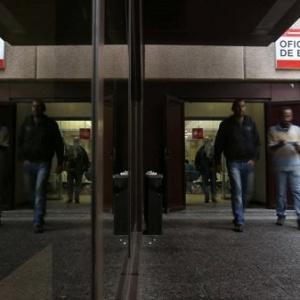 Los retrasos al cobrar el ERTE auguran demandas contra el Gobierno