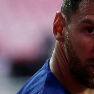 Messi, blindado como si fuera un presidente del Ibex