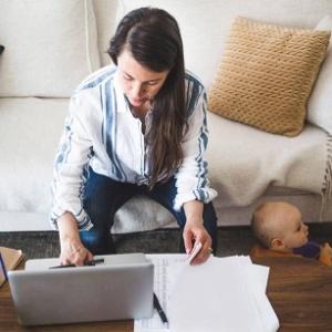 ¿Pueden solicitar la baja laboral los padres de un menor positivo por COVID-19 o en cuarentena?