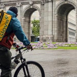 La sentencia del TS sobre los 'riders' marca el camino a la futura regulación del Gobierno