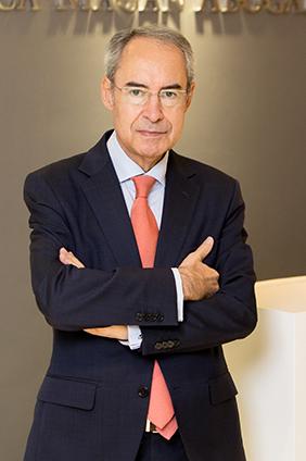 Esteban Ceca Magán