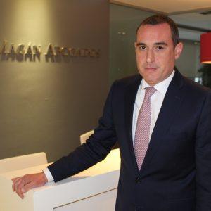 Ceca Magán ficha a José María Pastrana